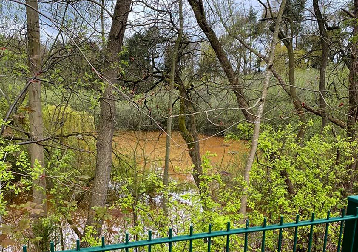 """""""Braune Kloake"""" in Leeraner Wasserschutzgebiet?"""